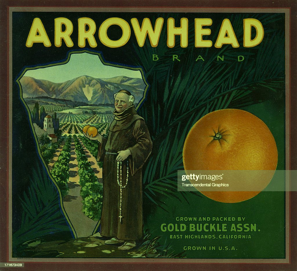 Arrowhead brand citrus fruit issues its labels around 1920 like this one from East Highland California