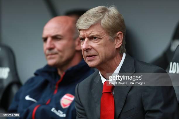 Arsenal assistant manager Steve Bould with manager Arsene Wenger