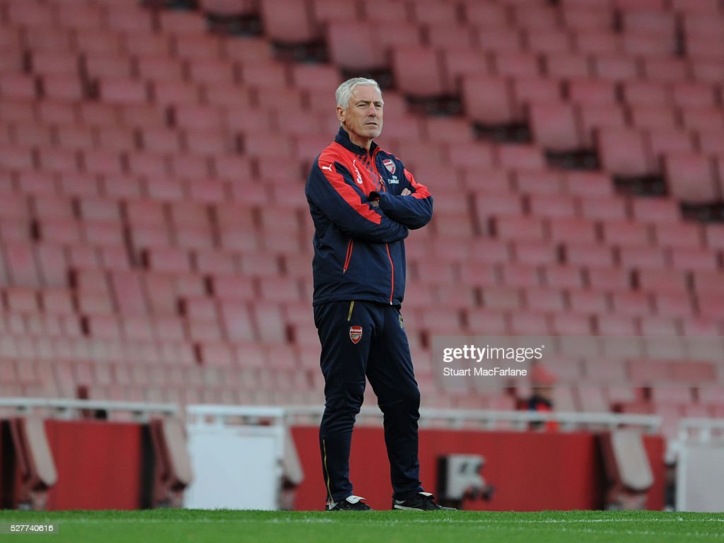 Arsenal coach Steve Gatting during the Barclays U21 Premier League match between Arsenal and Blackburn Rovers at Emirates Stadium on May 3, 2016 in London, England.