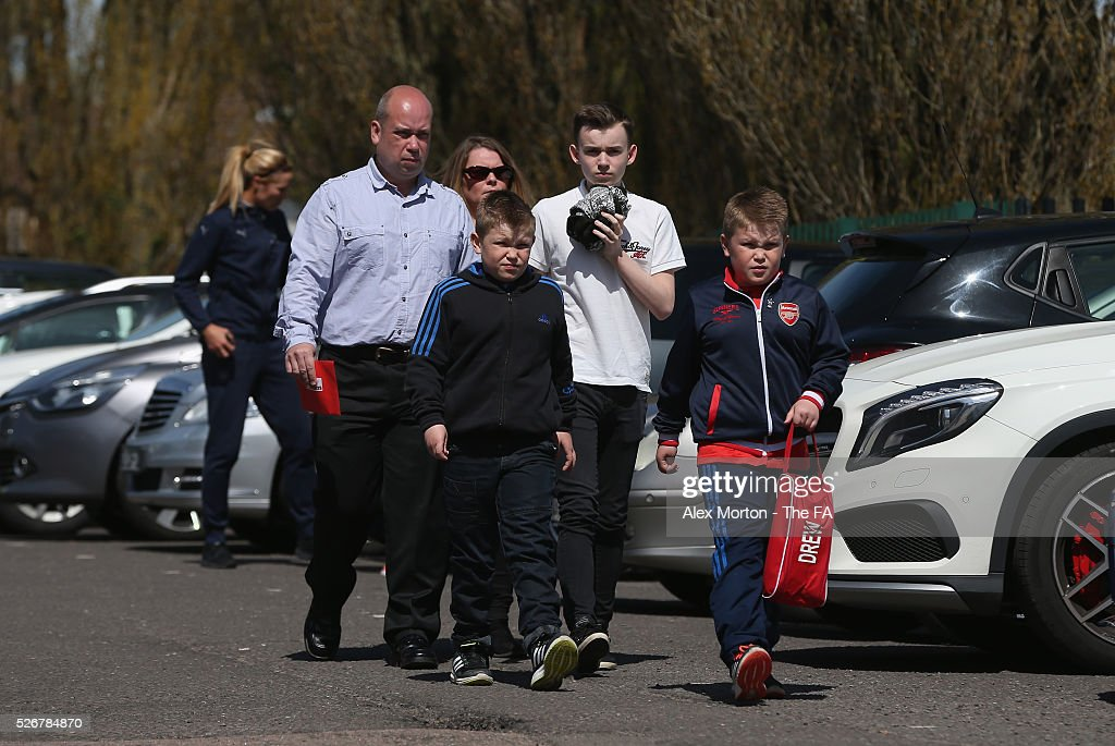 Arsenal fans arrive at Meadow Park prior to the WSL match between Arsenal Ladies and Birmingham City Ladies at Meadow Park on May 1, 2016 in Borehamwood, England.