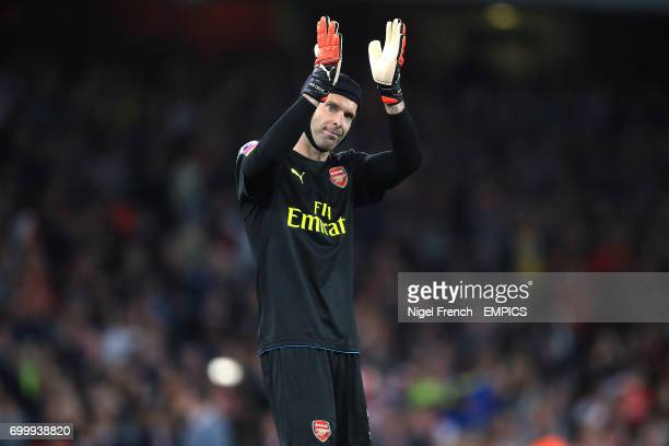 Arsenal goalkeeper Petr Cech acknowledges the crowd
