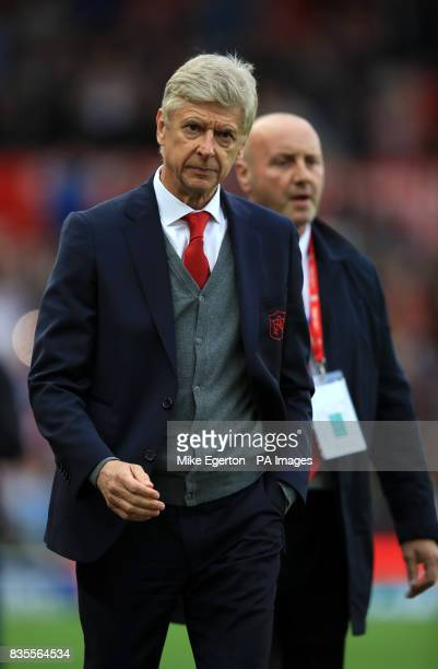 Arsenal manager Arsene Wenger after the final whistle during the Premier League match at the bet365 Stadium Stoke