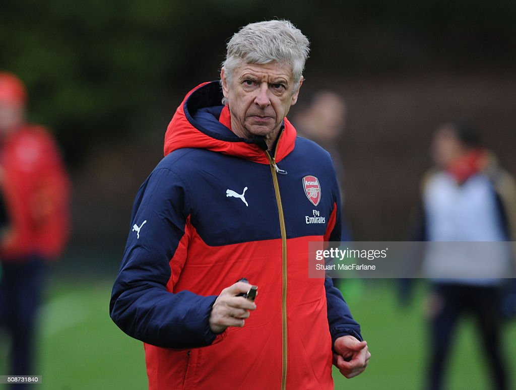 Arsenal manager <a gi-track='captionPersonalityLinkClicked' href=/galleries/search?phrase=Arsene+Wenger&family=editorial&specificpeople=171184 ng-click='$event.stopPropagation()'>Arsene Wenger</a> during a training session at London Colney on February 6, 2016 in St Albans, England.