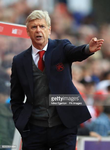 Arsenal manager Arsene Wenger during the Premier League match at the bet365 Stadium Stoke
