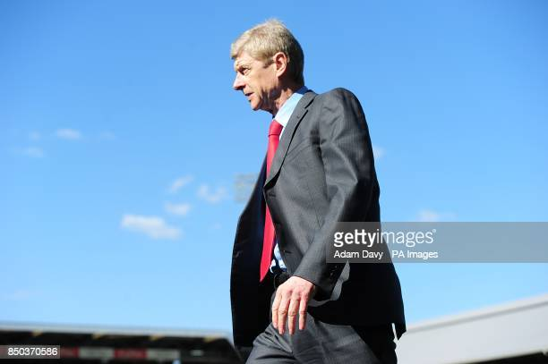 Arsenal manager Arsene Wenger leaves the touchline after the final whistle