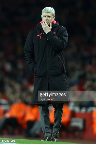Arsenal Manager Arsene Wenger looks on during the UEFA Europa League group H match between Arsenal FC and Crvena Zvezda at Emirates Stadium on...