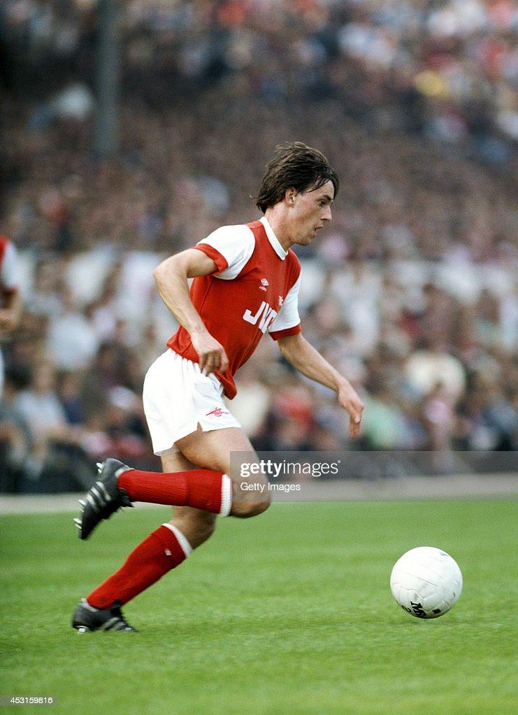 Arsenal player Brian McDermott in action at Highbury circa September 1981.