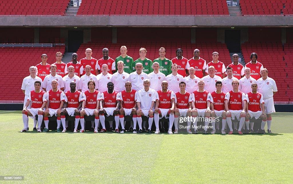 Hilo del Arsenal Arsenal-squad-20062007-photocall-picture-id609673950