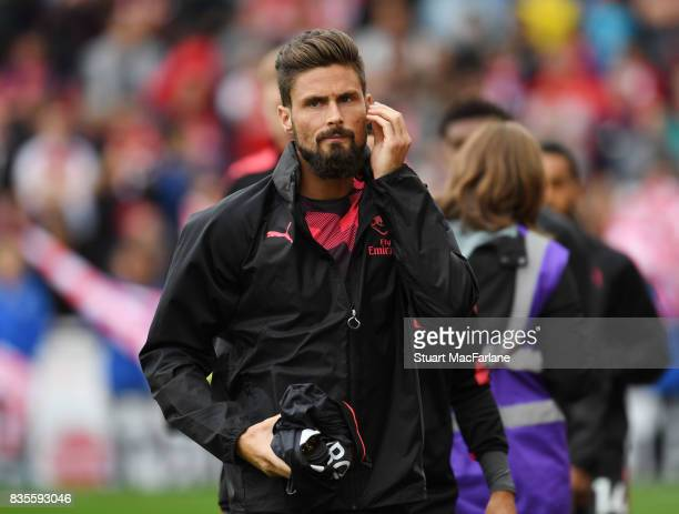 Arsenal substitute Olivier Giroud before the Premier League match between Stoke City and Arsenal at Bet365 Stadium on August 19 2017 in Stoke on...