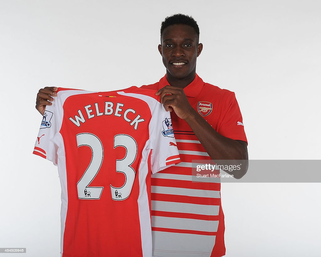 Arsenal unveil new signing <a gi-track='captionPersonalityLinkClicked' href=/galleries/search?phrase=Danny+Welbeck&family=editorial&specificpeople=4223930 ng-click='$event.stopPropagation()'>Danny Welbeck</a> at London Colney on September 2, 2014 in St Albans, England.
