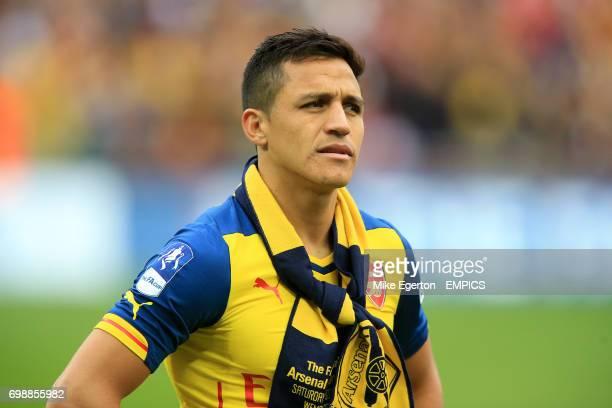 Arsenal's Alexis Sanchez celebrates at the final whistle
