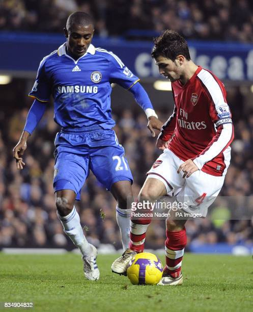 Arsenal's Francesc Fabregas and Chelsea's Salomon Kalou battle for the ball