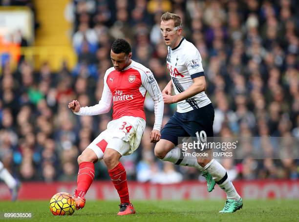 Arsenal's Francis Coquelin and Tottenham Hotspur's Harry Kane battle for the ball