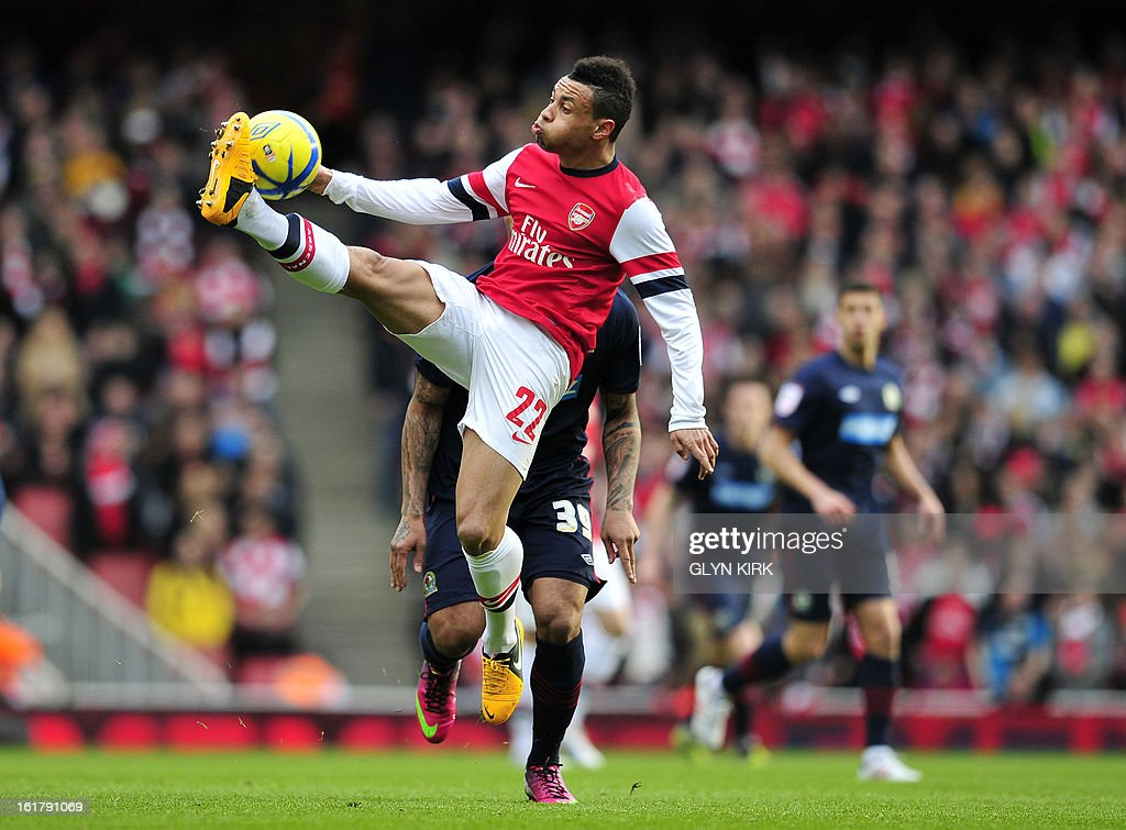 Arsenal's French midfielder Francis Coquelin controls the ball during the English FA Cup fifth round football match between Arsenal and Blackburn Rovers at the Emirates Stadium in London on February 16, 2013. USE. No use with unauthorized audio, video, data, fixture lists, club/league logos or 'live' services. Online in-match use limited to 45 images, no video emulation. No use in betting, games or single club/league/player publications.
