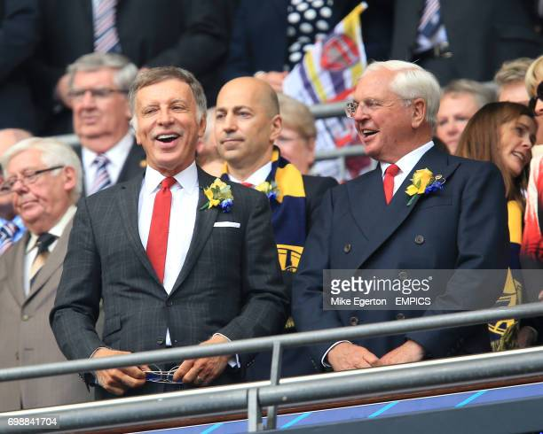 Arsenal's majority shareholder Stan Kroenke and Arsenal chairman Sir Chips Keswick in the stands
