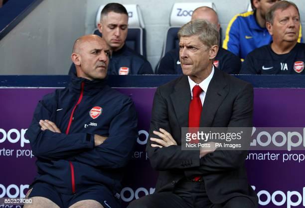 Arsenal's manager Arsene Wenger and assistant Steve Bould