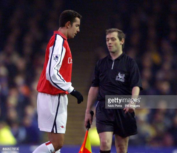 LEAGUE Arsenal's new Brazilian signing Edu walks of after only 15 minutes He came on as a second half substitute but limped out of the action with a...