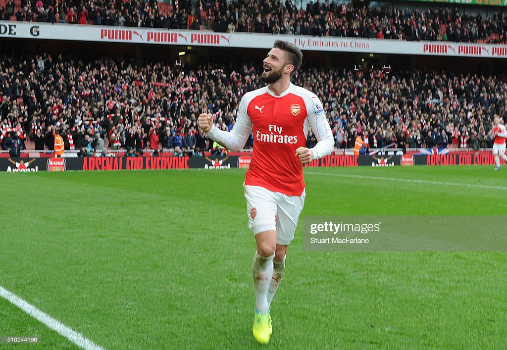 Arsenal's <a gi-track='captionPersonalityLinkClicked' href=/galleries/search?phrase=Olivier+Giroud&family=editorial&specificpeople=5678034 ng-click='$event.stopPropagation()'>Olivier Giroud</a> celebrates after the Barclays Premier League match between Arsenal and Leicester City at Emirates Stadium on February 14, 2016 in London, England.