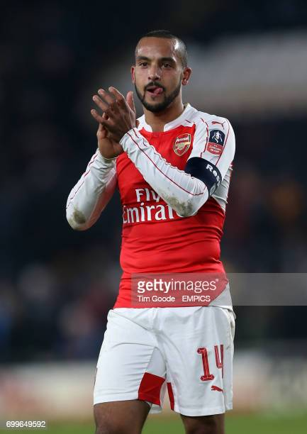 Arsenal's Theo Walcott celebrates after the final whistle