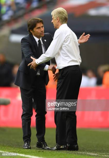 Arsene Wenger Manager of Arsenal and Antonio Conte Manager of Chelsea shake hands after The Emirates FA Cup Final between Arsenal and Chelsea at...