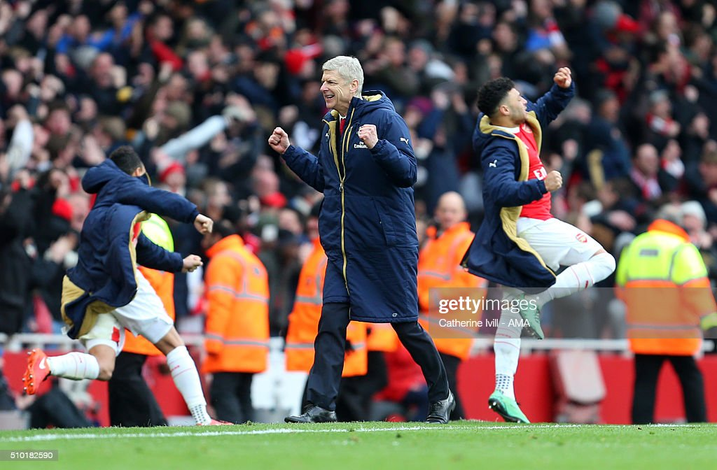 <a gi-track='captionPersonalityLinkClicked' href=/galleries/search?phrase=Arsene+Wenger&family=editorial&specificpeople=171184 ng-click='$event.stopPropagation()'>Arsene Wenger</a> manager of Arsenal celebrates after Danny Welbeck of Arsenal scores to make it 2-1 during the Barclays Premier League match between Arsenal and Leicester City at the Emirates Stadium on February 14, 2016 in London, England.