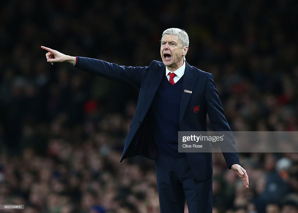 Arsene Wenger, manager of Arsenal gives instructions during the Barclays Premier League match between Arsenal and Manchester City at Emirates Stadium on December 21, 2015 in London, England.