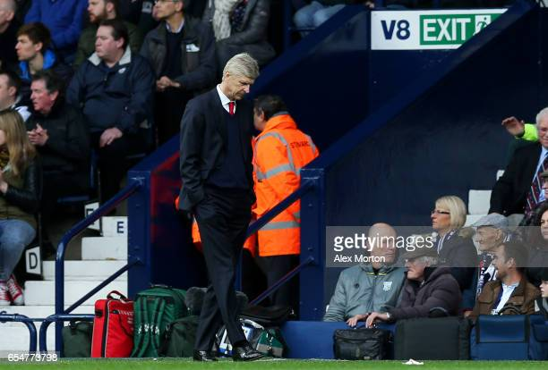 Arsene Wenger Manager of Arsenal looks dejected during the Premier League match between West Bromwich Albion and Arsenal at The Hawthorns on March 18...