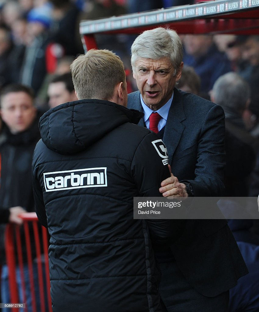 <a gi-track='captionPersonalityLinkClicked' href=/galleries/search?phrase=Arsene+Wenger&family=editorial&specificpeople=171184 ng-click='$event.stopPropagation()'>Arsene Wenger</a> the Arsenal Manager speaks with <a gi-track='captionPersonalityLinkClicked' href=/galleries/search?phrase=Eddie+Howe&family=editorial&specificpeople=2919800 ng-click='$event.stopPropagation()'>Eddie Howe</a> the Manager of Bournemouth the Barclays Premier League match between AFC Bournemouth and Arsenal at The Vitality Stadium, Bournemouth 7th February 2016.