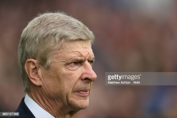 Arsene Wenger the head coach / manager of Arsenal during the Premier League match between Everton and Arsenal at Goodison Park on October 22 2017 in...