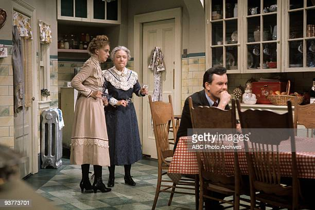 SPECIAL 'Arsenic and Old Lace' 1969 Lillian Gish Helen Hayes Bob Crane
