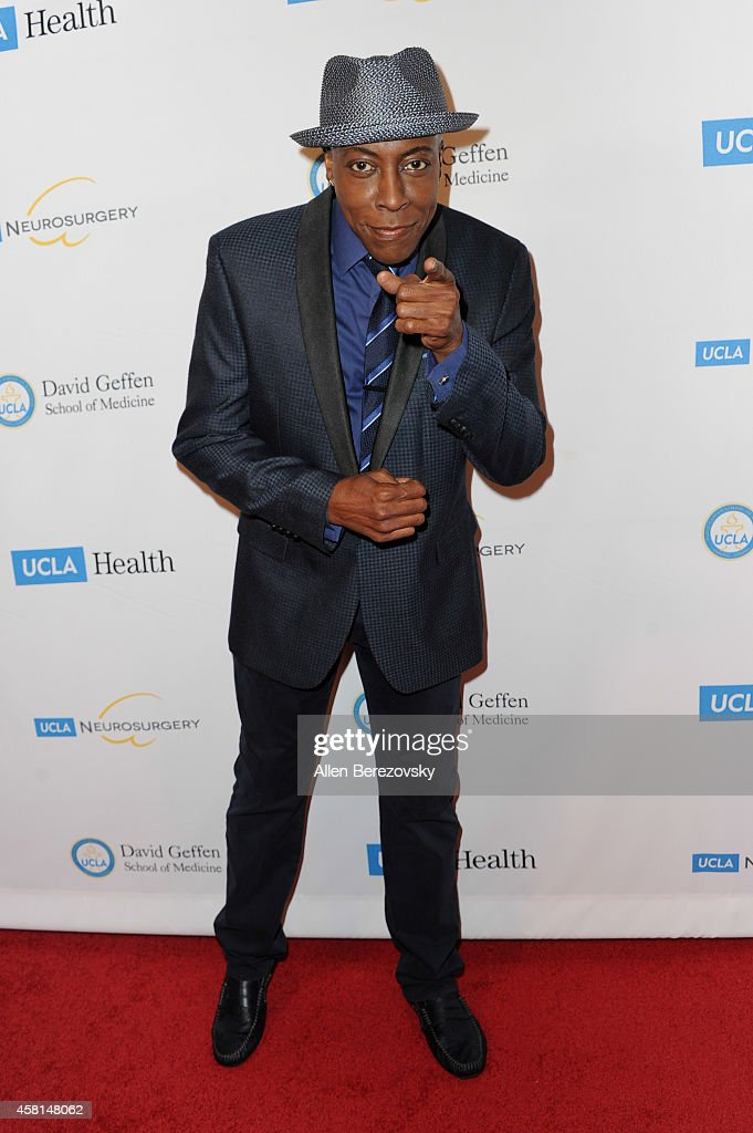 <a gi-track='captionPersonalityLinkClicked' href=/galleries/search?phrase=Arsenio+Hall&family=editorial&specificpeople=211441 ng-click='$event.stopPropagation()'>Arsenio Hall</a> attends UCLA's 2014 Visionary Ball benefiting the Department of Neurosurgery at the Beverly Wilshire Four Seasons Hotel on October 30, 2014 in Beverly Hills, California.
