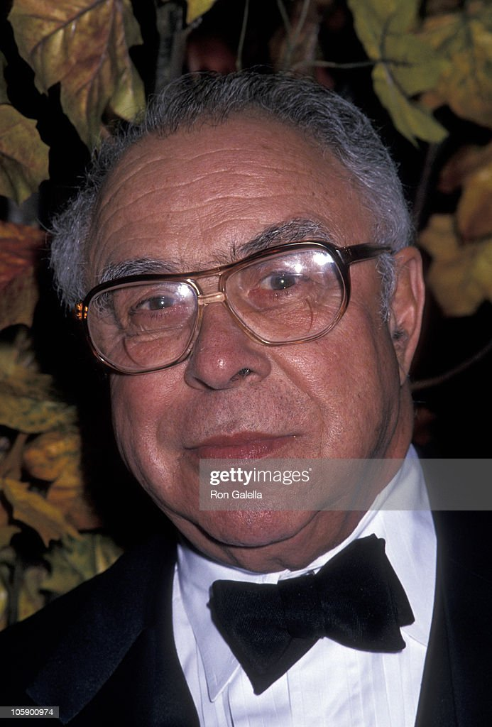 <a gi-track='captionPersonalityLinkClicked' href=/galleries/search?phrase=Art+Buchwald&family=editorial&specificpeople=220909 ng-click='$event.stopPropagation()'>Art Buchwald</a> during 21st Annual Promise Ball to Benefit Juvenile Diabetes at Waldorf Astoria Hotel in New York City, New York, United States.