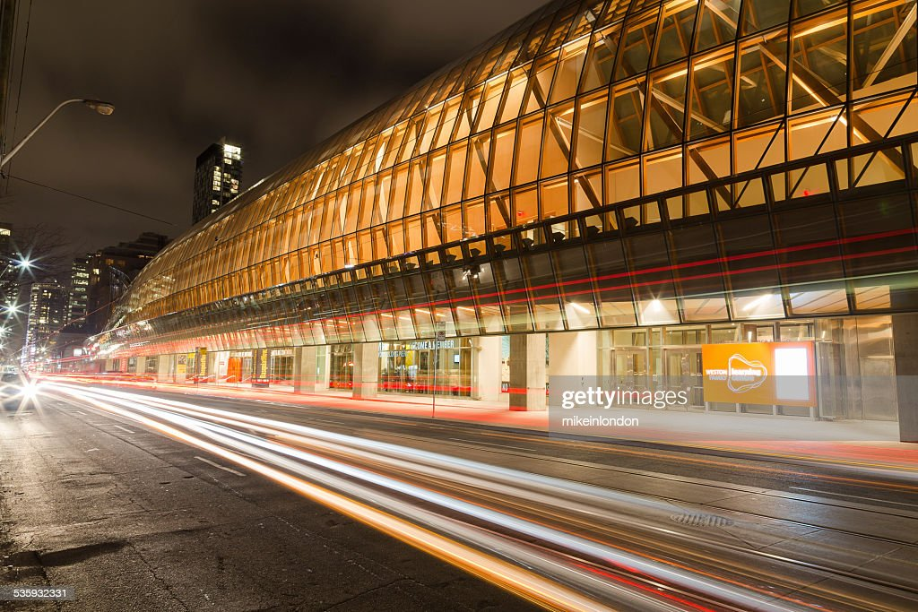 Art Gallery of Ontario and Traffic : Stock Photo