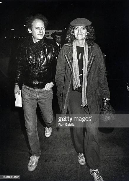 Art Garfunkel and Penny Marshall during Simon and Garfunkel Performance November 21 1982 at Sherry Netherlands Hotel in New York New York United...