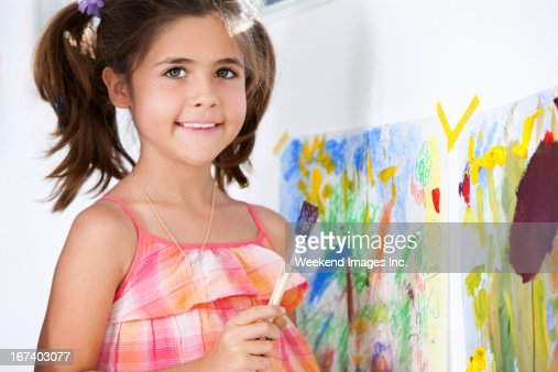 Art lessons for kids at home : Bildbanksbilder