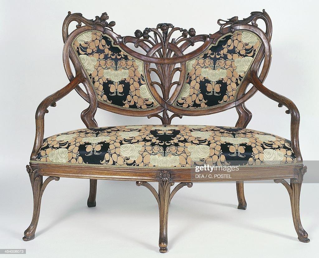 Art nouveau style furniture - Art Nouveau Style Canape Elegant Sofa