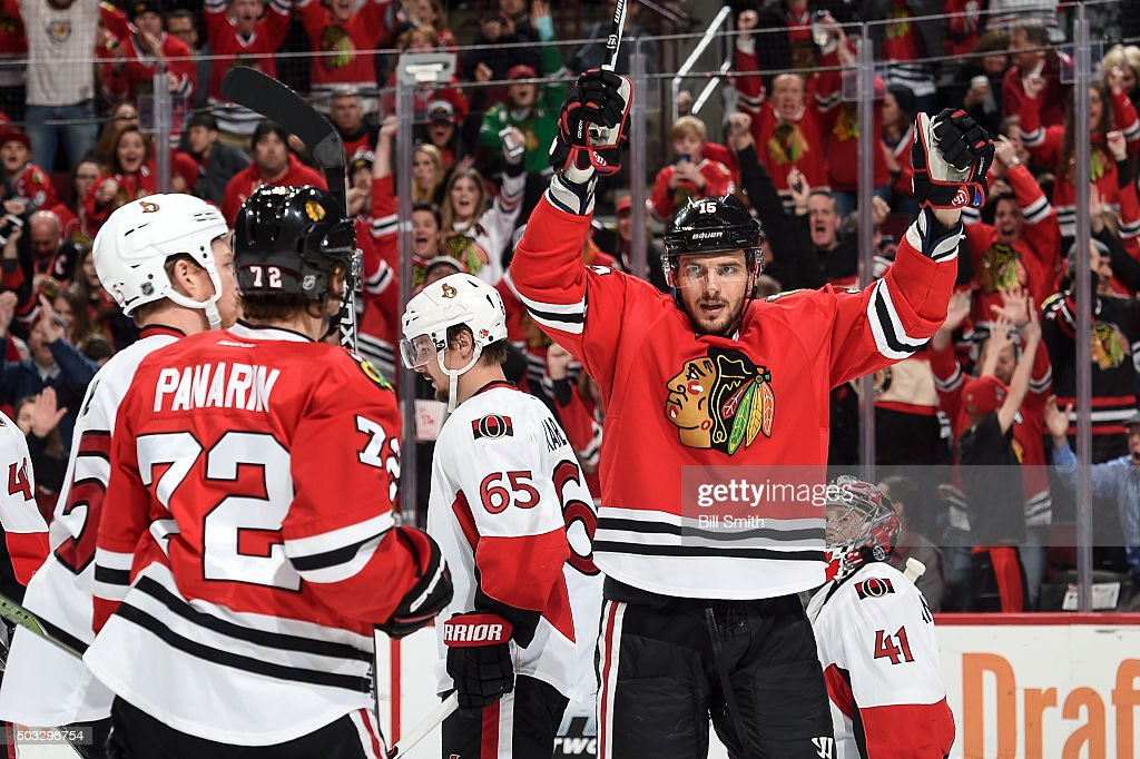 <a gi-track='captionPersonalityLinkClicked' href=/galleries/search?phrase=Artem+Anisimov&family=editorial&specificpeople=543215 ng-click='$event.stopPropagation()'>Artem Anisimov</a> #15 of the Chicago Blackhawks reacts after scoring against the Ottawa Senators in the third period of the NHL game at the United Center on January 3, 2016 in Chicago, Illinois.