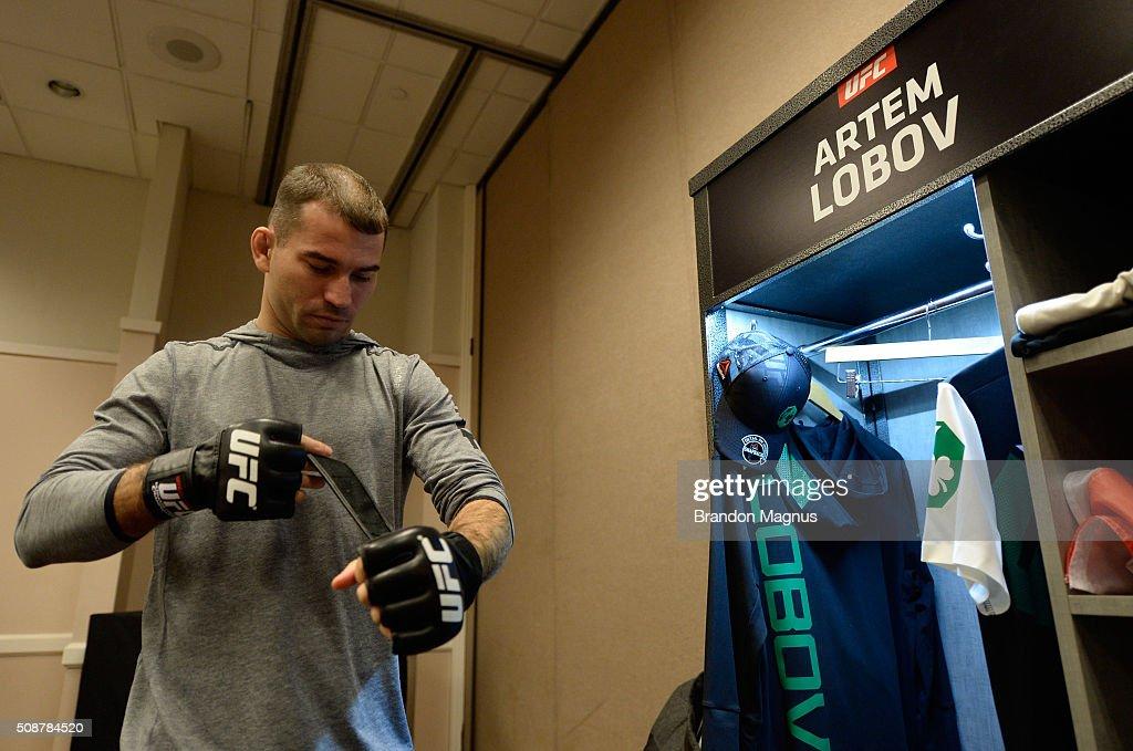Artem Lobov prepares to warm up backstage during the UFC Fight Night Las Vegas: Hendricks vs Thompson event inside MGM Grand Garden Arena on February 6, 2016 in Las Vegas Nevada.