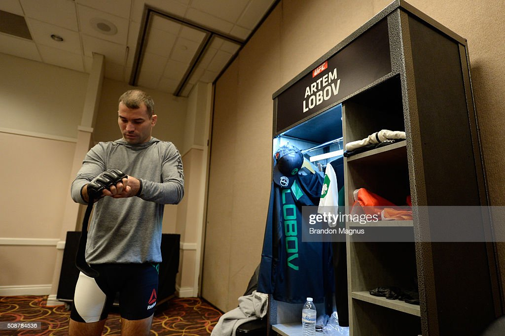 Artem Lobov prepares to warm up backstage during the UFC Fight Night Las Vegas: Hendricks vs Thompson event inside MGM Grand Garden Arena on February 6, 2016 in Las Vegas Nevada.