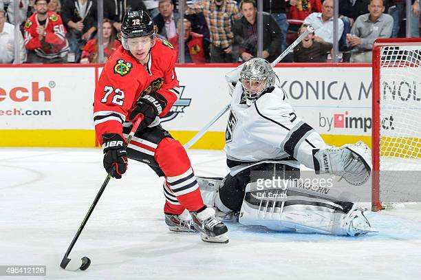 Artemi Panarin of the Chicago Blackhawks takes the puck toward goalie Jonathan Quick of the Los Angeles Kings in the third period of the NHL game at...