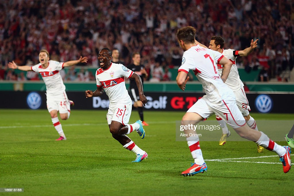 <a gi-track='captionPersonalityLinkClicked' href=/galleries/search?phrase=Arthur+Boka&family=editorial&specificpeople=550855 ng-click='$event.stopPropagation()'>Arthur Boka</a> (2L) of Stuttgart celebrates his team's first goal with team mates during the DFB Cup Semi Final match between VfB Stuttgart and SC Freiburg at Mercedes-Benz Arena on April 17, 2013 in Stuttgart, Germany.
