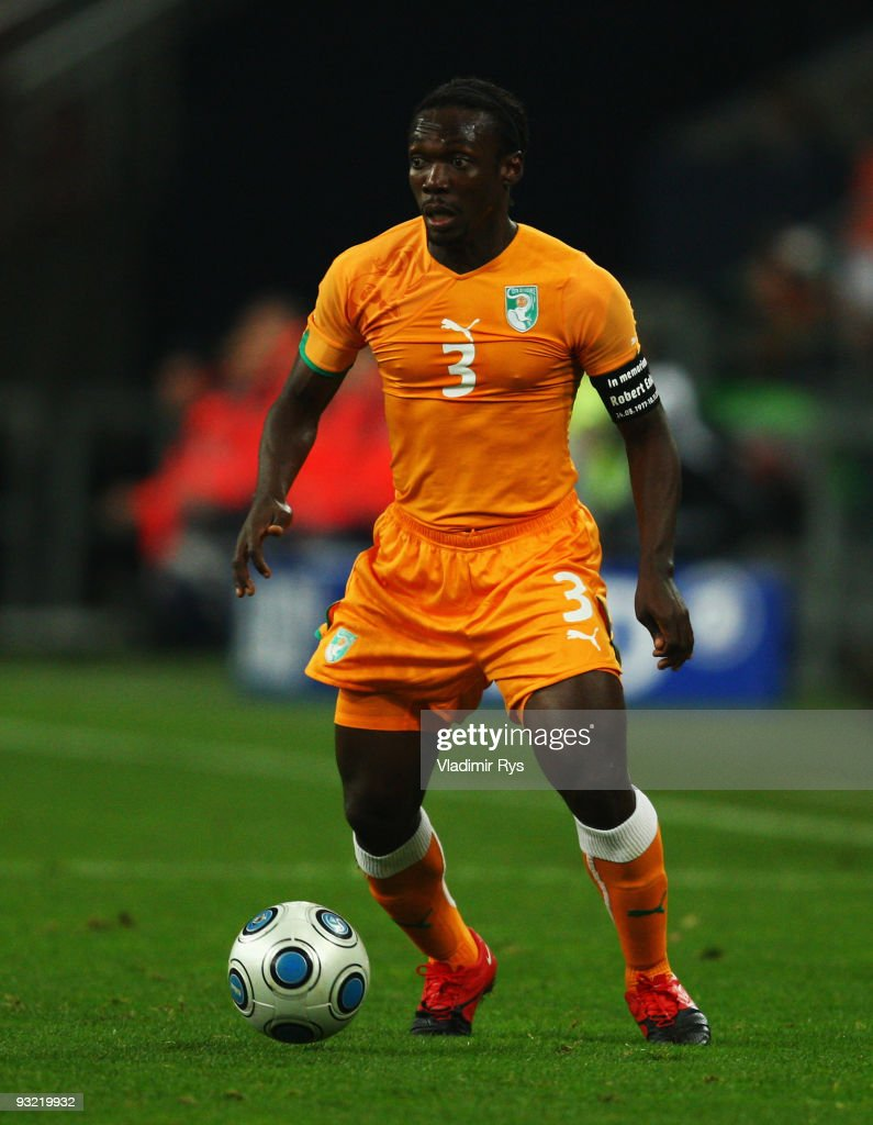<a gi-track='captionPersonalityLinkClicked' href=/galleries/search?phrase=Arthur+Boka&family=editorial&specificpeople=550855 ng-click='$event.stopPropagation()'>Arthur Boka</a> of the Ivory Coast in action during the International friendly match between Germany and the Ivory Coast at the Schalke Arena on November 18, 2009 in Gelsenkirchen, Germany.