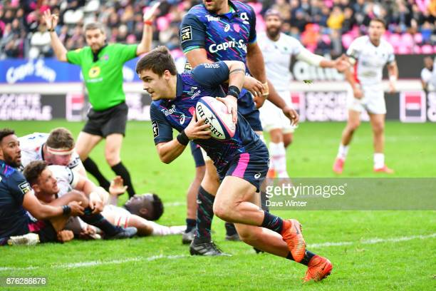 Arthur Coville of Stade Français Paris during the Top 14 match between Stade Francais and Oyonnax on November 19 2017 in Paris France
