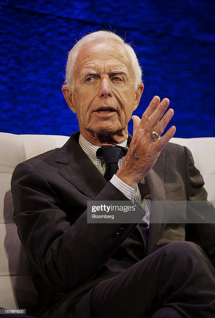 Arthur Levitt, senior advisor to the Carlyle Group LP and former chairman of the U.S. Securities and Exchange Commission (SEC), speaks during the Bloomberg Hedge Funds Summit in New York, U.S., on Wednesday, December 5, 2012. The Bloomberg Hedge Funds Summit convenes managers and investors to discuss the impact of the European debt crisis on the global markets and break down the fundamentals driving volatility in the equity markets. Photographer: Michael Nagle/Bloomberg via Getty Images