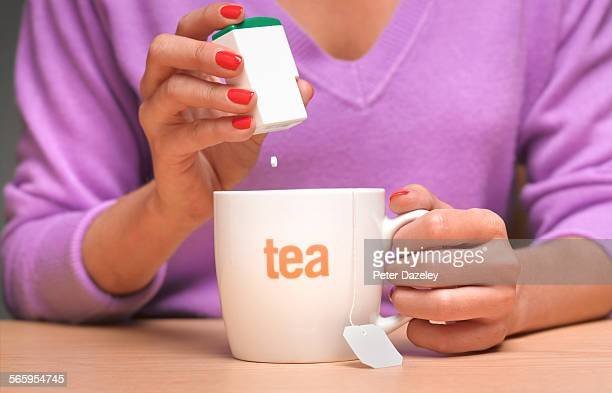 Artificial sweetener in tea