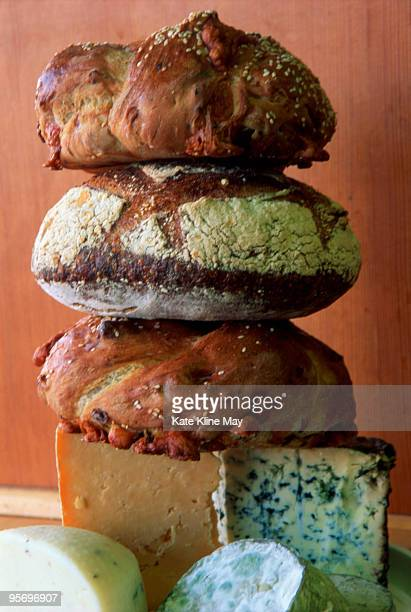 Artisinal breads with cheese