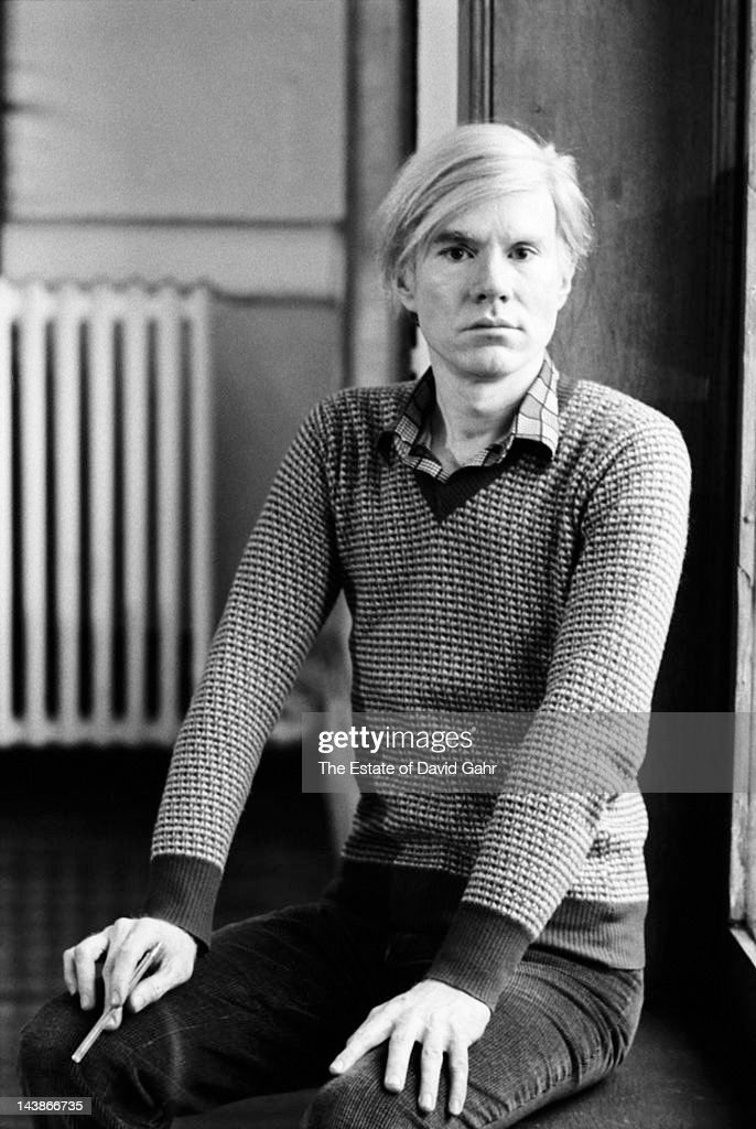 Artist <a gi-track='captionPersonalityLinkClicked' href=/galleries/search?phrase=Andy+Warhol&family=editorial&specificpeople=123830 ng-click='$event.stopPropagation()'>Andy Warhol</a> poses for a portrait at his studio and business offices, the 'new' Factory, on May 5, 1971 at 33 Union Square West in New York City, New York.