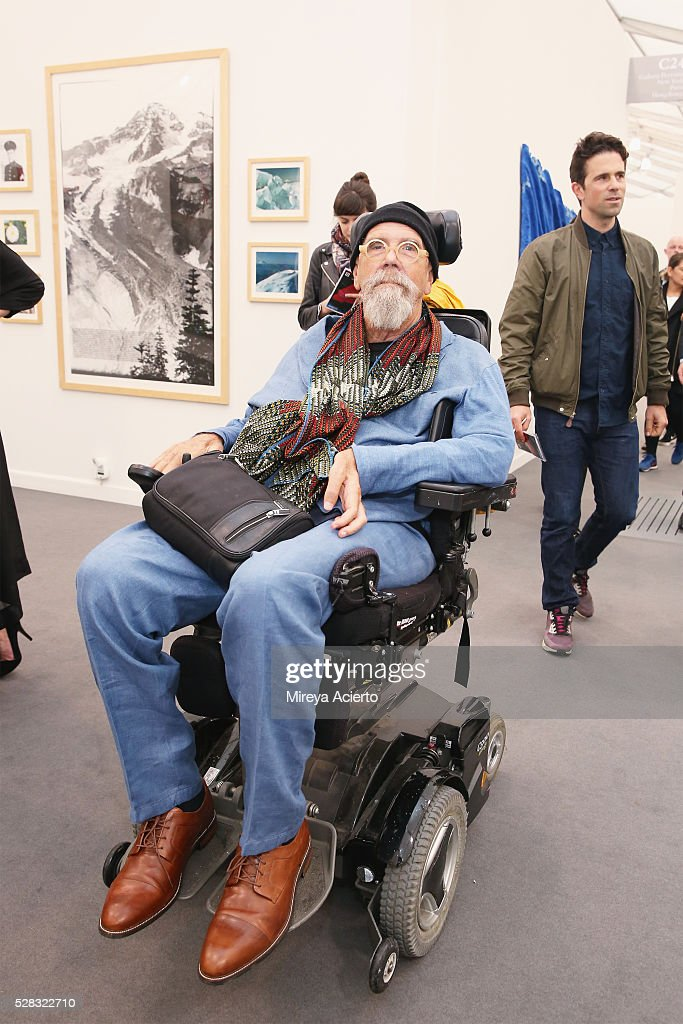 Artist <a gi-track='captionPersonalityLinkClicked' href=/galleries/search?phrase=Chuck+Close&family=editorial&specificpeople=234797 ng-click='$event.stopPropagation()'>Chuck Close</a> attends the 2016 Frieze Art Fair: New York at Randall's Island on May 4, 2016 in New York City.