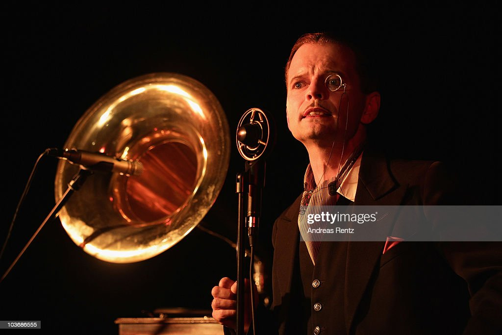 Artist Daniel Malheur dressed in the style of the 1920s performs at the Berlin Story Salon on August 27, 2010 in Berlin, Germany. Dance evenings with a historical theme are growing in popularity in Berlin, a city that had a vivacious swing and cabaret scene in the 1920s and 30s.