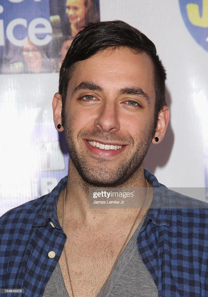 Artist Eric Schackne attends the 'Show Your Character' a costume benefit and concert for The Jennifer Smart Foundation's Find Your Voice Program held at the Smooth Sound Multimedia on October 27, 2012 in Van Nuys, California.